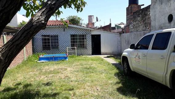 Se Alquila Casa Con Galpón En Ramos Mejia