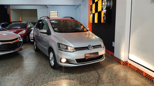 Volkswagen Suran 1.6 Highline Msi 110cv 2015