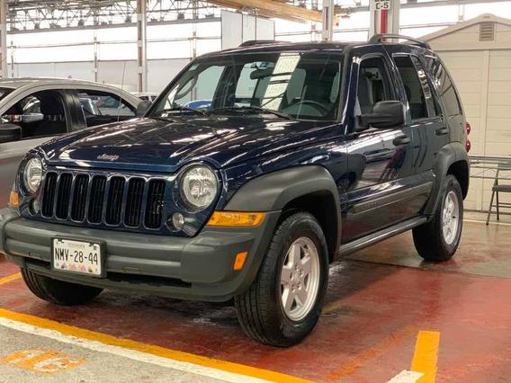 Jeep Liberty Sport 4x2 At 2006