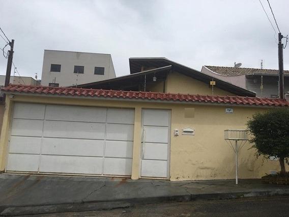 Casa Com 3 Quartos Para Comprar No Jardim Amaryllis Em Poços De Caldas/mg - 3246