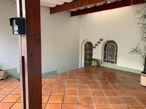 Excelente Casa Térrea Prox.ao Metro 2dorm,1suite,3vaga Fl45