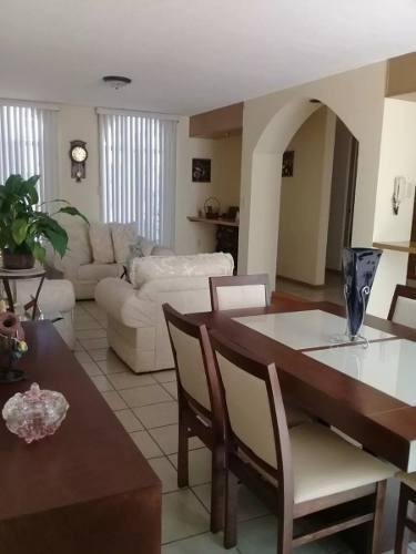 Se Vende Casa En Tejeda, Privada, 3 Recamaras, Terraza, 2.5 Baños, Cuarto Tv