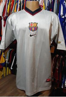 Camisa Barcelona - Nike - G - 2000/2001 - Nº 10 - Away