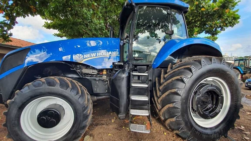 Trator New Holland T8. 295.