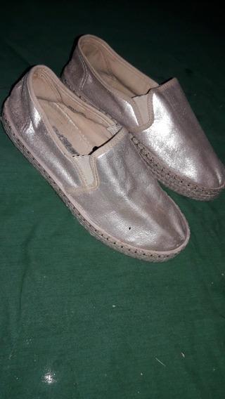 Zapatillas De Mujer Color Plata Industrial Talle 39