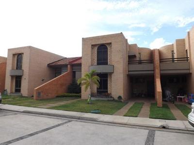 Townhouse En Venta Las Clavellinas Joel Thielen 19-9641