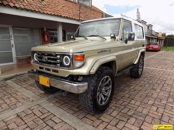 Toyota Land Cruiser 4.5cc Mt Aa 4x4