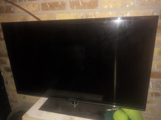 Smart Tv Daewoo 50 Fhd. Pantalla Rota