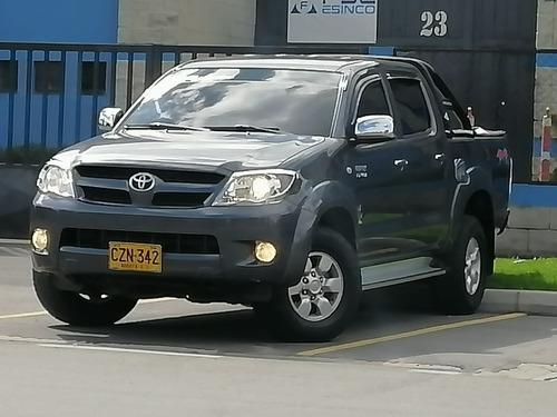 Toyota Hilux 4x4 2.7 Cc
