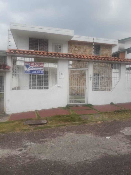 Quinta En Alquiler Urbanización Mérida
