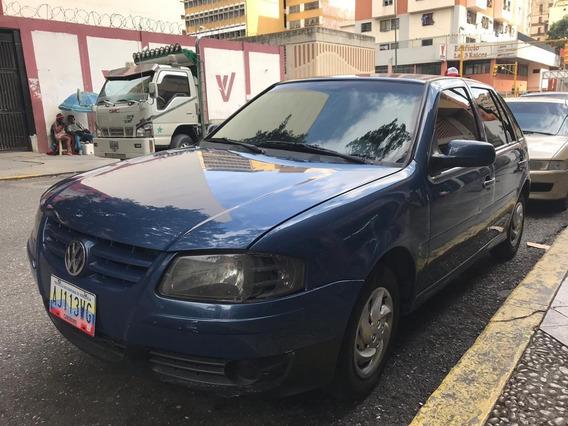 Volkswagen Gol Motor 1.8 Azul 5 Puertas