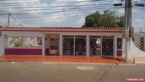 Casa En La Victoria