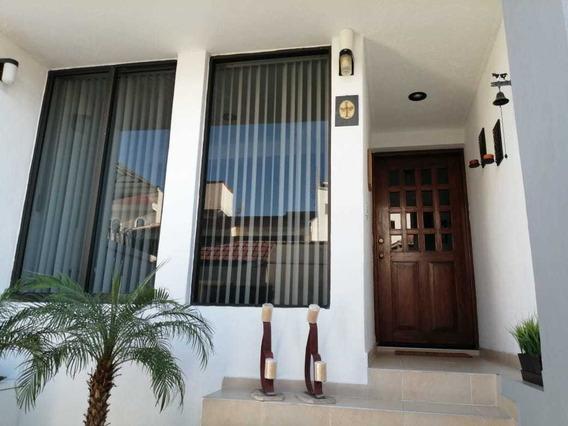 Preciosa Residencia En Fraccionamiento Cerrado En Coyoacán
