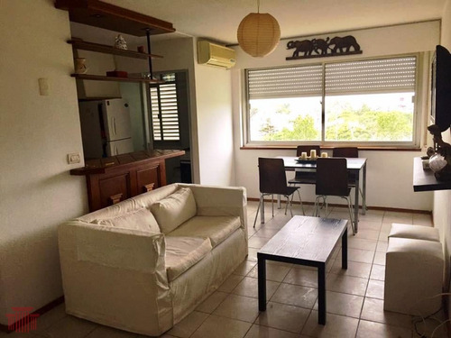 Apartamento En Maldonado  , Zona Centro - Ref: 13304