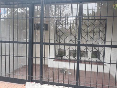 Propiedad Ideal Para Construcción En Moreno Centro