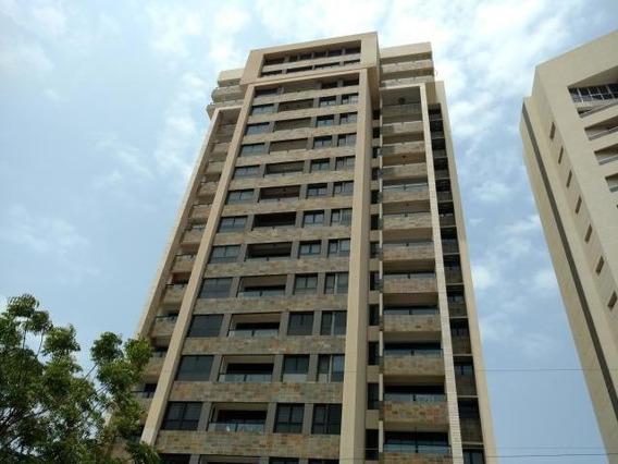Apartamento En Venta. El Milagro. Mls 20-17986. Adl