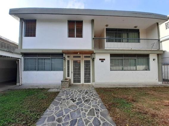 Casa En Venta Santa Mónica Mls #20-6388