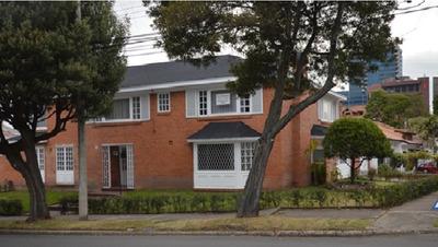 Vendo Casa Bifamiliar Sta Barbara Alta