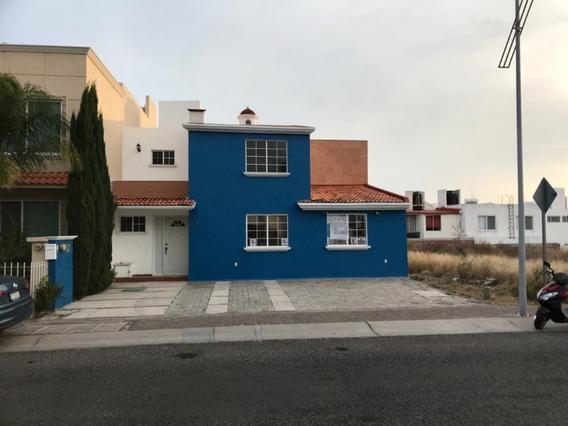 Hermosa Casa En Venta En El Refugio Querétaro