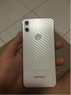 Motorola One. 64 Gb