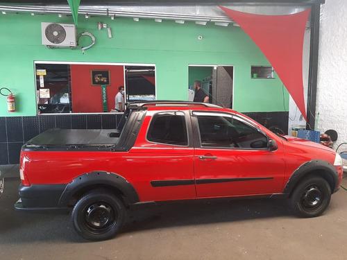 Fiat Strada Working 1.4 Vermelho 2011