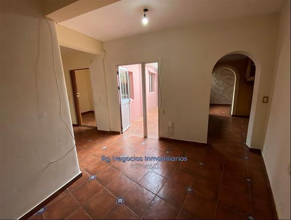 Apartamento 1 Dormitorio, Escritorio, Patio