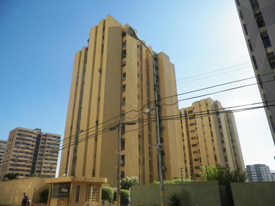 Mariaestela Boada Vende Apartamento Plc Mls#4942