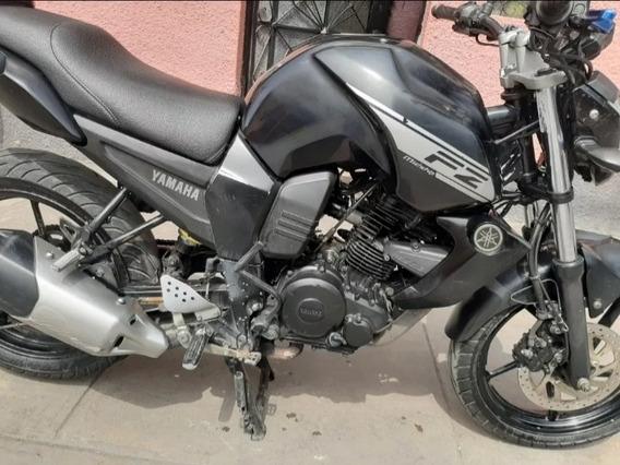 Vendo Moto Yamaha Fz6. Con Soat Vigente Hasta Marzo 2020.