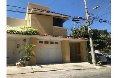 Casa En Venta En Residencial Hacienda De México