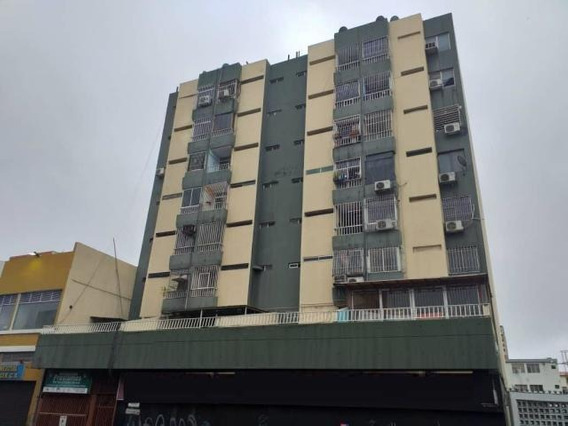 Apartamento En Venta Centro Barquisimeto Mls 20-2113 Jrh