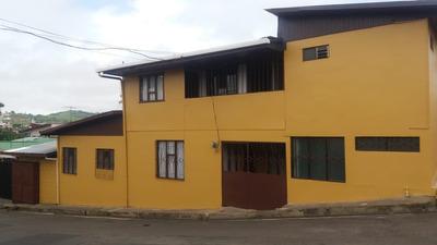 Se Vende Linda Casa En Zona Comercial, En San Ramon
