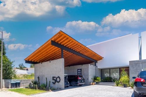 Imagen 1 de 12 de Venta Espectacular Residencia San Gil Qro