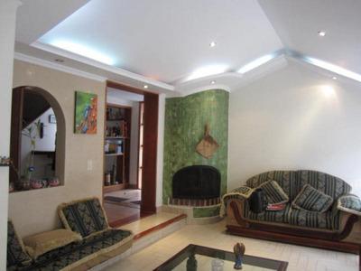 Casas En Arriendo Alhambra 90-10213