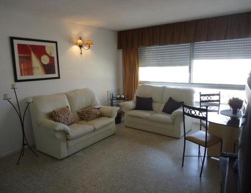 Apartamento En Alquiler Por Temporada De 3 Dormitorios En Península