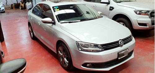 Volkswagen Vento Luxury Tiptronic 2011