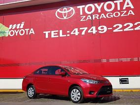 Toyota Yaris Sd Core Cvt Rojo