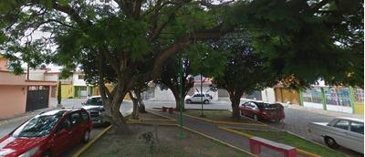 Remate Bancario Casa 3 Recamaras, Villa De Las Flores,