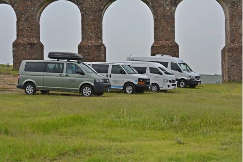 Imagen 1 de 10 de Renta De Camionetas Turismo 14,17,20 Pasajeros Con Operador