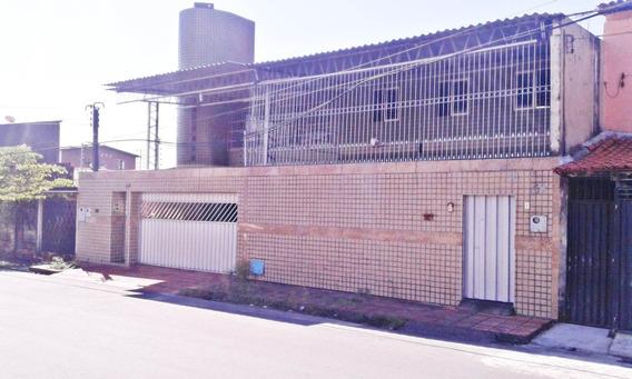 Aluguel Casa 2 Quartos - Garagem, Área De Serviço, Piscina