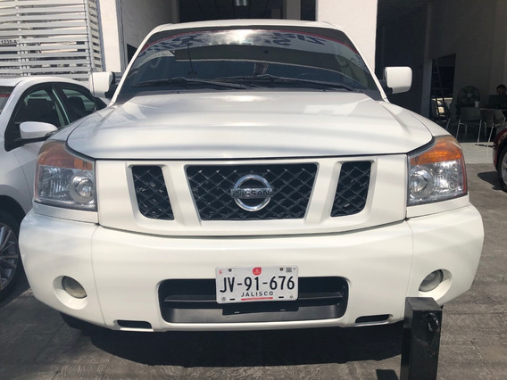 Nissan Titan Crew Cab 4x4