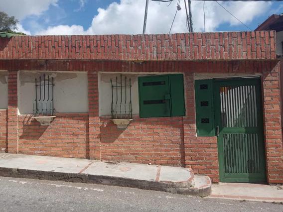 Alquilo Anexo En El Hatillo, 2 Hab 1 Baño, 1 Est.