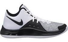 Zapatillas Nike Air Versitile Hombre