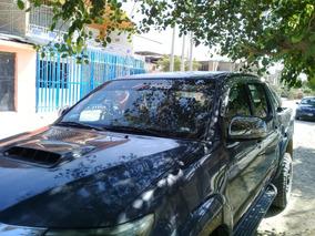 Camioneta Toyota Haylux Petrolera, 4x4, Año 2014