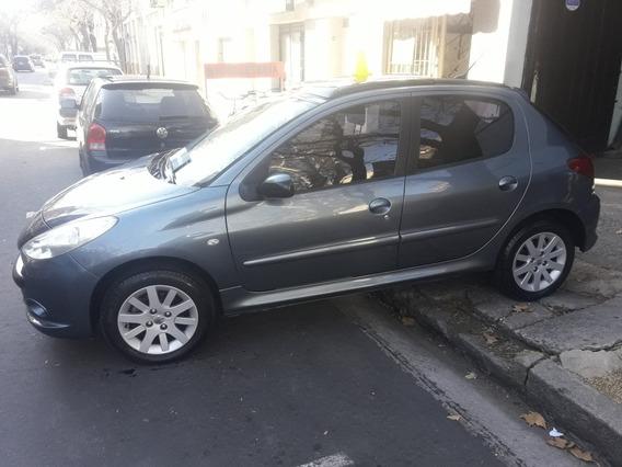 Peugeot 207 2010 1.6 Xt