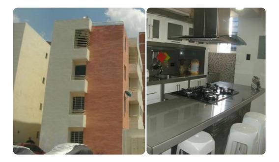 Apartamento En Venta Cabudare Parroquia Cabudare 20-7441 Mym