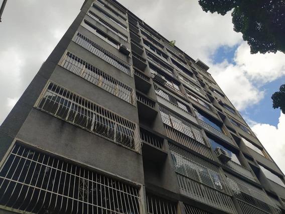 Apartamento En Venta - La Florida - 21-2444