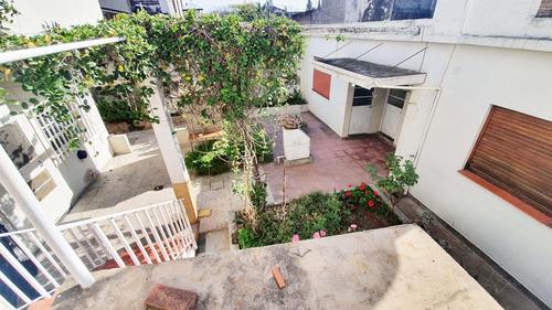 Venta De Casa Multifamiliar+ Tablada+coch+ Terraza