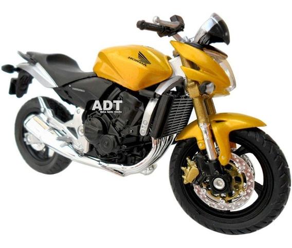 Miniatura Moto Honda Hornet Yamaha R1 Triumph Kawasaki 1/18