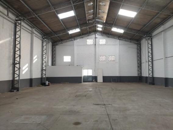 Galpão Em Parque Industrial Das Oliveiras, Taboão Da Serra/sp De 450m² Para Locação R$ 9.500,00/mes - Ga272528