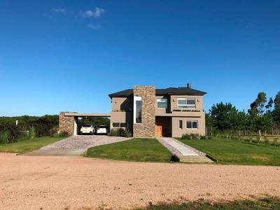 Moderna Casa En Mirador De La Tahona